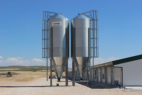 Optima-caida-del-alimento-silo-granja-symaga